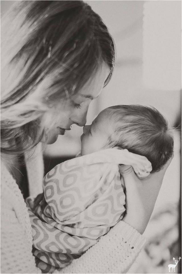 Mama, la doi ani dupa operatia laparoscopica a fibromului uterin